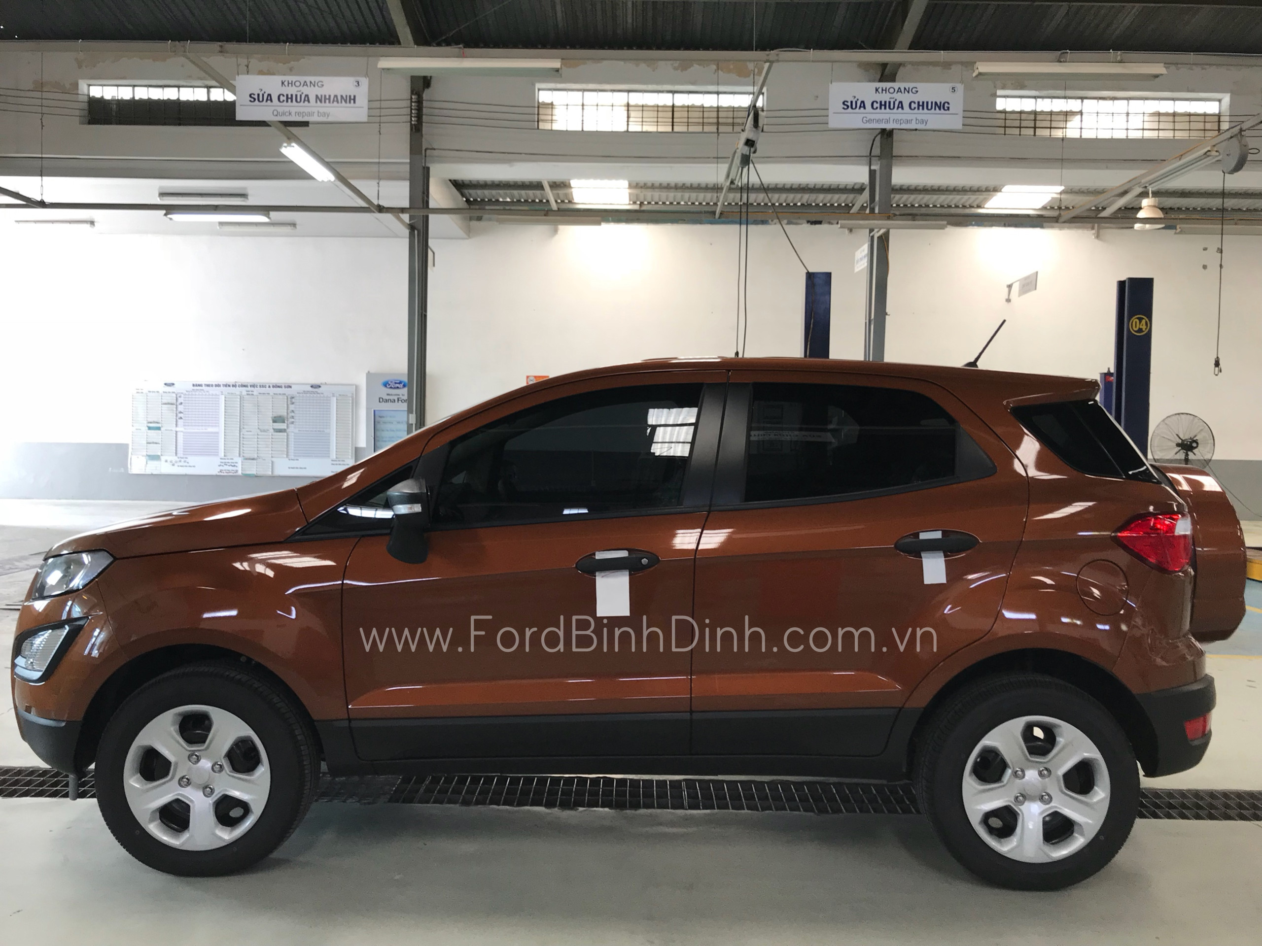 ecosport-1.5l-ambiente-at-ford-binh-dinh-com-vn-2