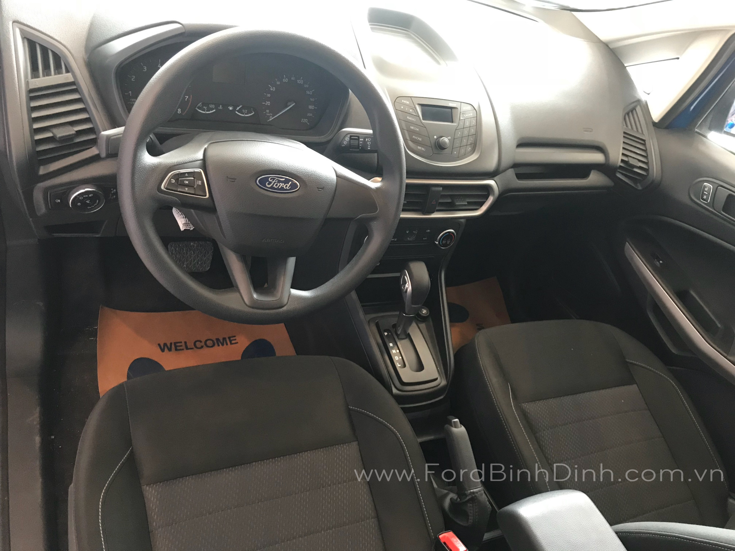 ecosport-2018-trend-at8-ford-binh-dinh-com-vn