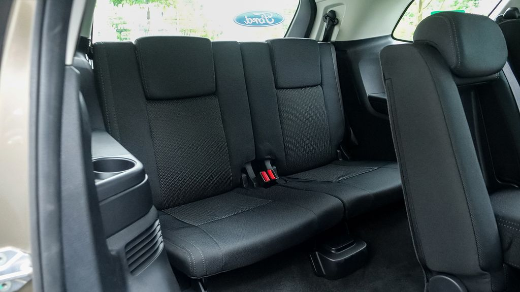 fordbinhdinh-Ford Everest Ambiente-5